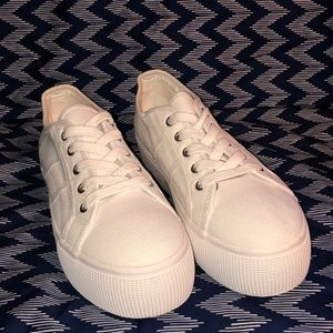 Steve Madden Emmi Sneakers NWT